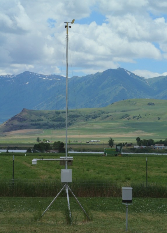 Dyacon Agricultural Weather Station