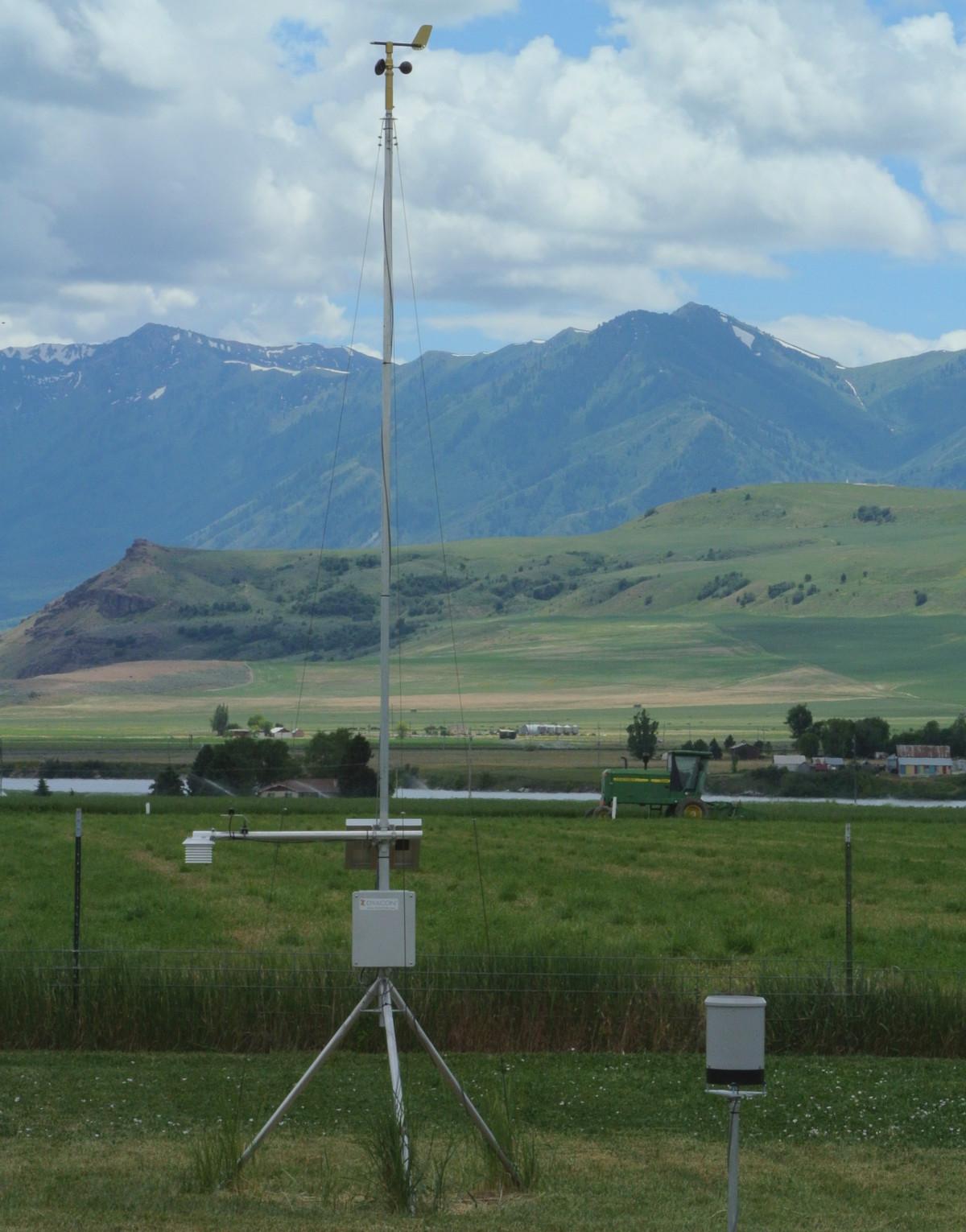 Dyacon Newton South Weather Station